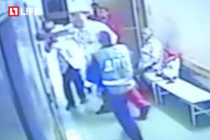 В УК РФ готовы поправки, ужесточающие наказания за нападения на врачей